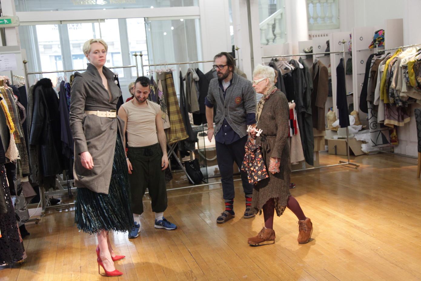 Gwendoline Christie veste Vivienne Westwood