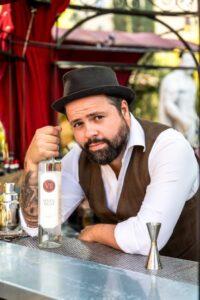 Federico Leone barman 2